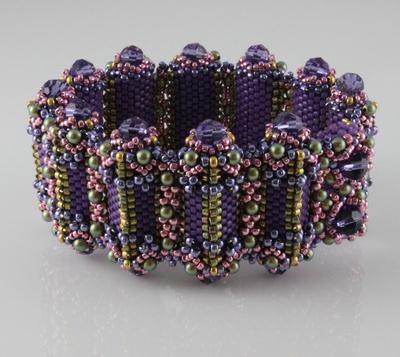 Isosceles Bracelet | Designs
